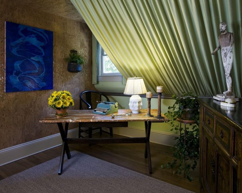 Contemporary Bedroom Desk